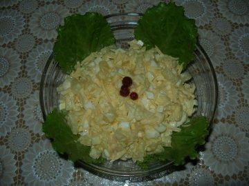 Салат чесночный