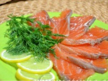 Что приготовить с соленой красной рыбой