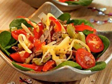 Как приготовить вкусный и необыкновенный салат с красным перцем