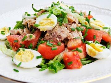 рецепт салата с тунцом