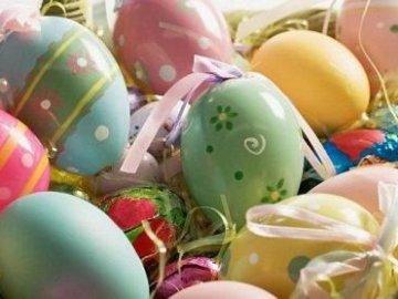 Сколько хранятся яйца окрашенные на пасху