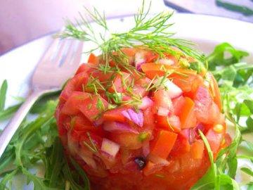 салат с сезонными овощами