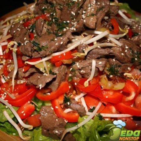 Салаты из мяса с соевого соуса