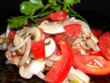 salat iz hampinonov