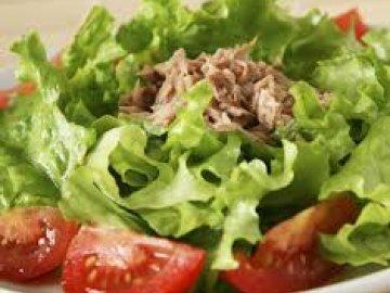 салат с тунцом на скорую руку